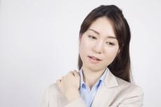 橋本病のは、甲状腺の細胞を攻撃するりンパ球が出現することによって甲状腺が破壊される病気です。